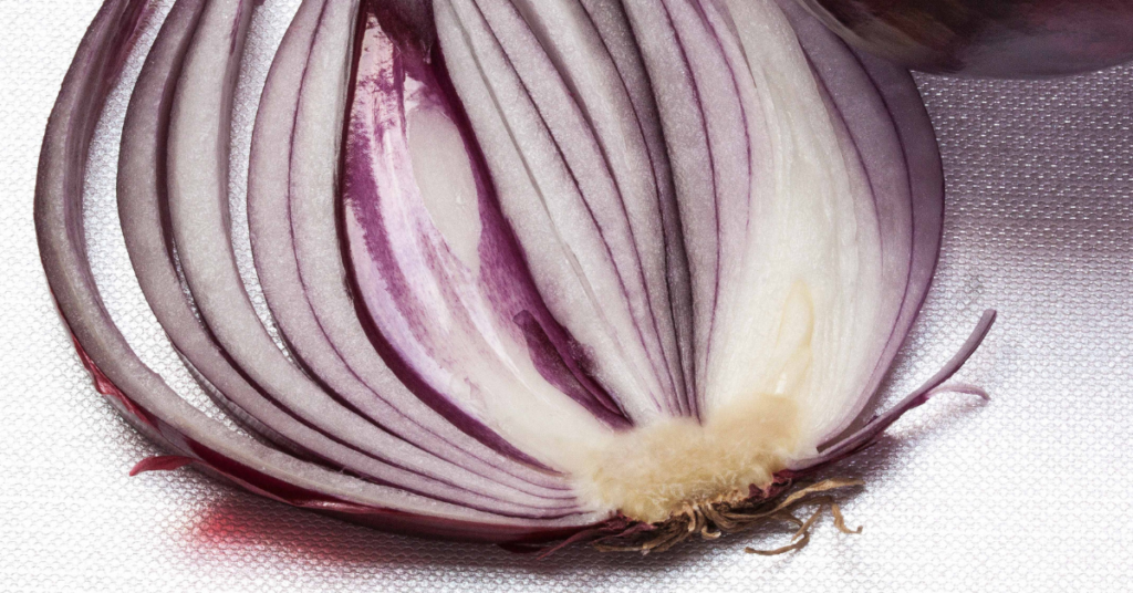 Layers-of-an-onion-mindfully-unfolding-Blog-by-Una-Keeley-MBSR-Instructor